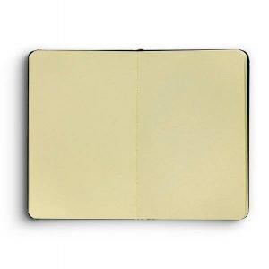 item cover moleskine small opened 1