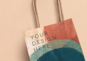 small gift paper bag mockup image04