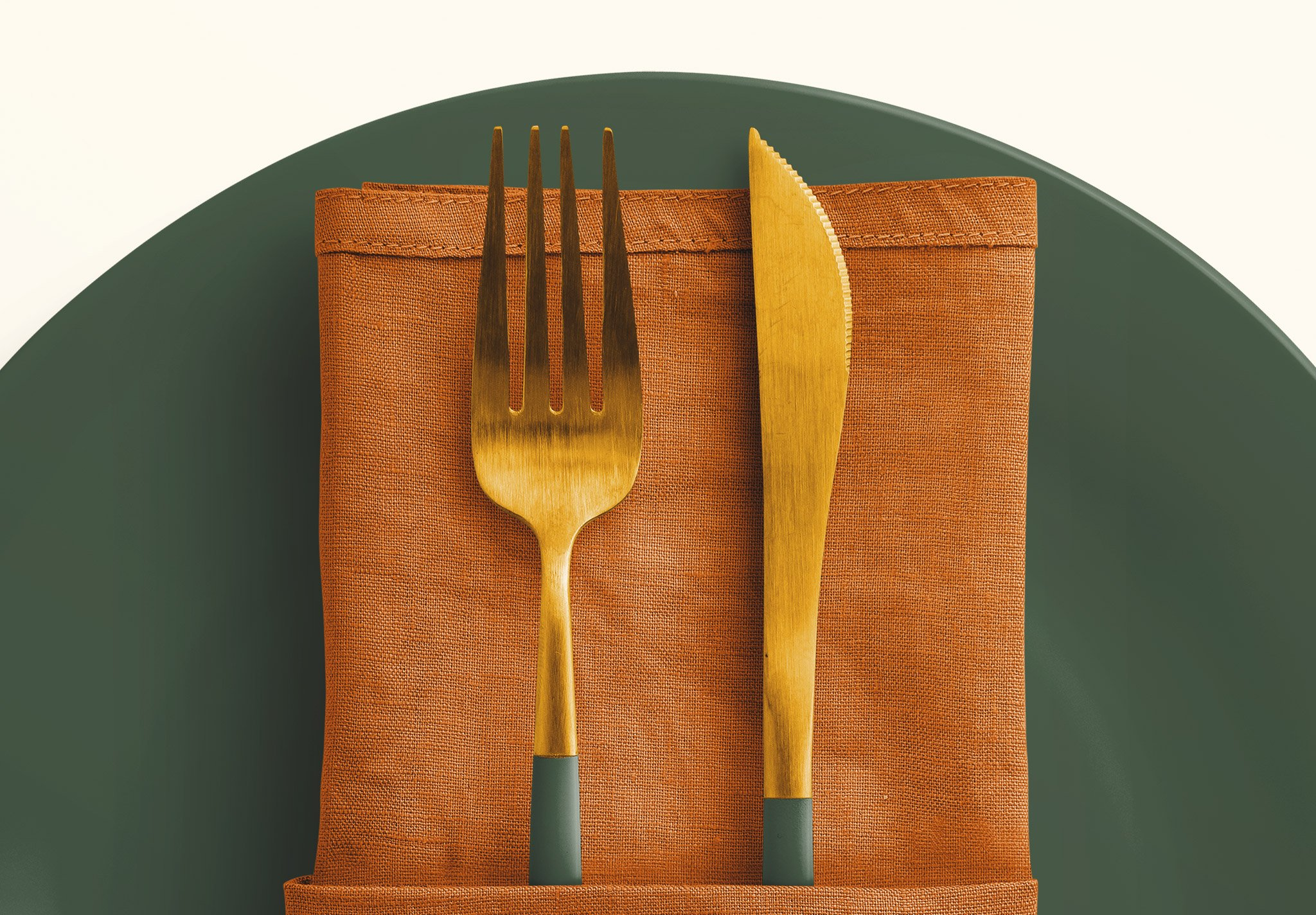table set plate mockup and cutlery image04